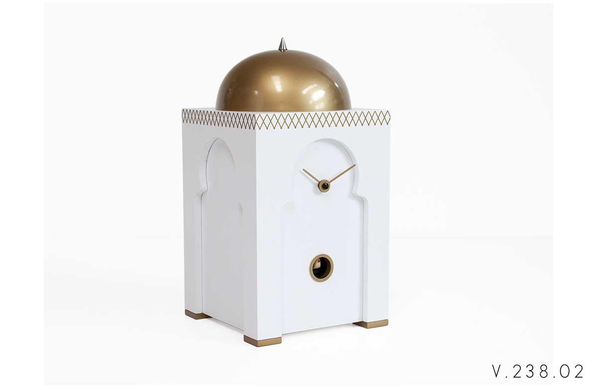 V_238_02_orologio-a-cucù-con-cupola