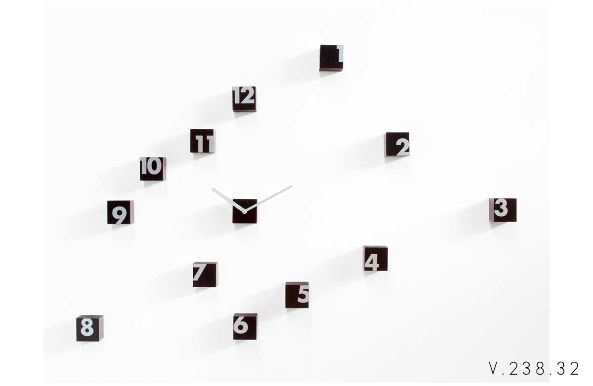 V_238_32_orologio-da-parete-con-fattore-random