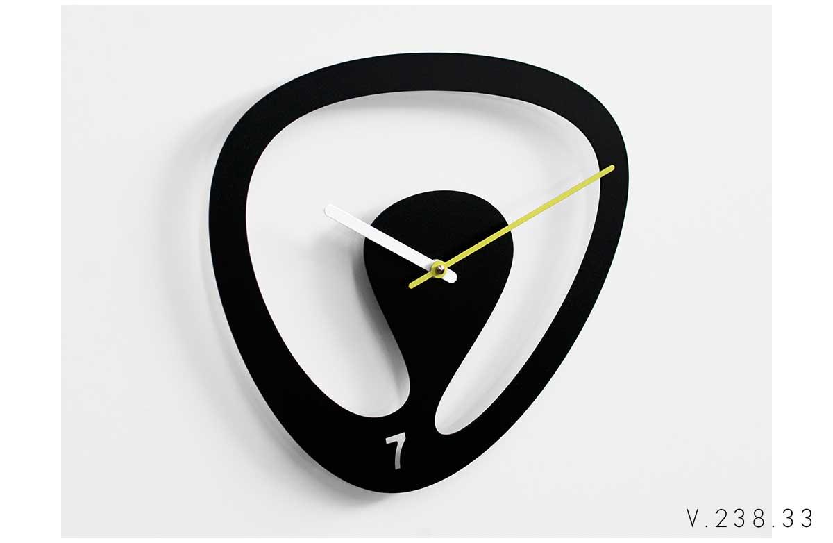 V_238_33_orologio-con-curve-sinuose