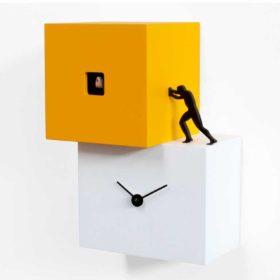 V_238_35_orologio-a-cucù-con-omino-che-spinge