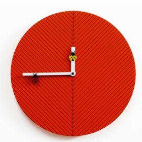 V_238_38_orologio-a-forma-di-foglia-con-coccinella