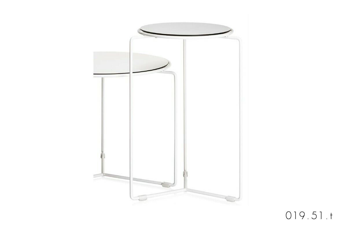 Vaghi tavolino con appoggio Y